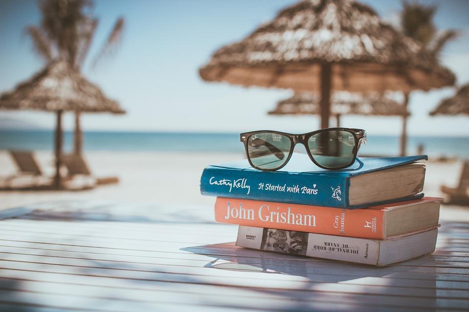 books-918521_960_720